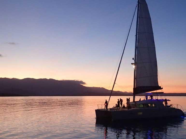 sailaway-sunset